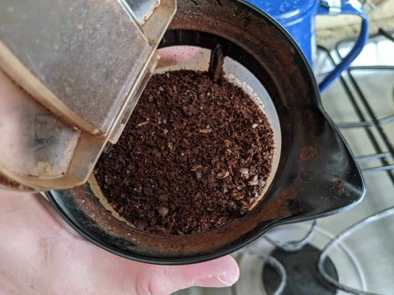 Coarse Grounds With Blade Grinder